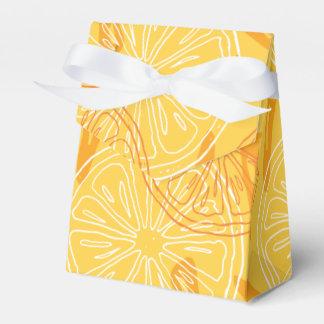Bright yellow lemons drawn summer pattern favor box