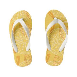 Bright yellow lemons drawn summer pattern kid's flip flops