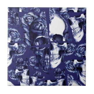 Broken up navy and white rose skulls tile