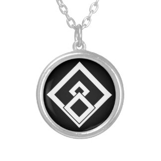 Broken wooded measure silver plated necklace