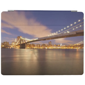 Brooklyn Bridge and Manhattan at Night. iPad Cover