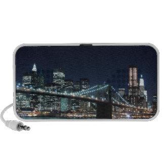 Brooklyn Bridge and Manhattan Skyline At Night Mini Speakers