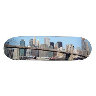Brooklyn Bridge and Manhattan Skyline, New York Ci Skateboard