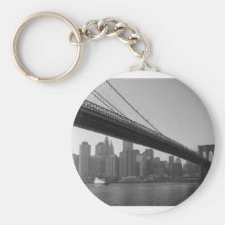 brooklyn-bridge basic round button keychain