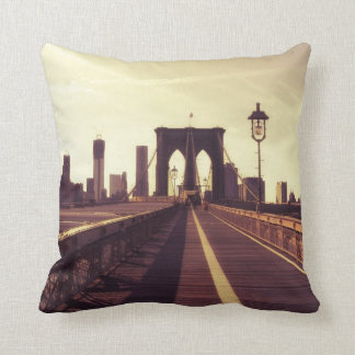 Brooklyn Bridge - New York City Throw Pillow