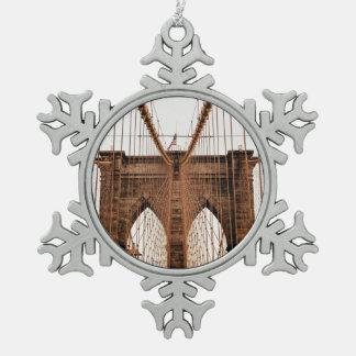 Brooklyn Bridge, New York Pewter Snowflake Ornament