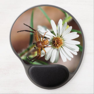 Brown Crab Spider on Daisy Flower Gel Mousepad