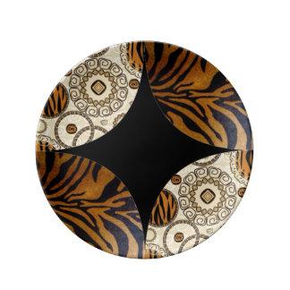 Brown Tiger Print Pattern Design Plate