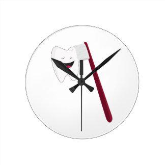 Brush Teeth Round Clock