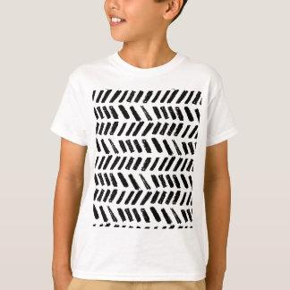 Brushstroke Slash Pattern T-Shirt