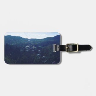 Bubble on the mountain luggage tag