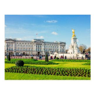 Buckingham Palace and Victoria Memorial Postcard