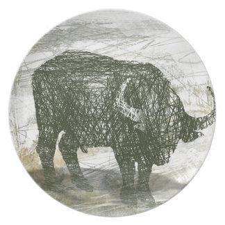 Buffalo Bull Party Plate