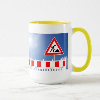 Building site, building site closing and building mug