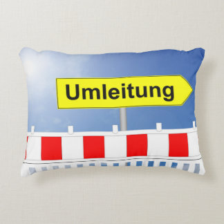 Building site, bypass and building site closing accent pillow