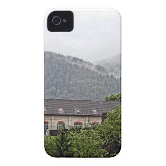 BuildingInTheHills iPhone 4 Cover