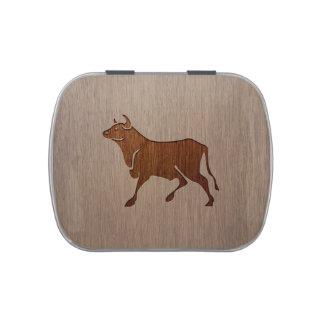 Bull silhouette engraved on wood design