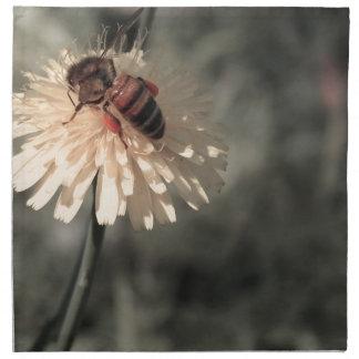 Bumblebee on flower napkin