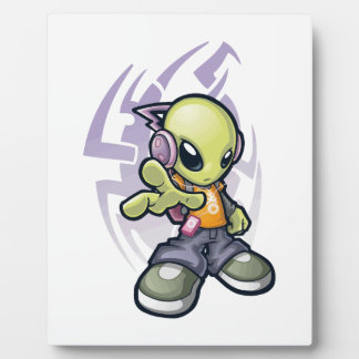 bumping Alien Plaque