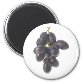 Bunch of red grapes magnet