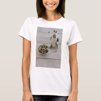 Bunny & eggs in a bowl T-Shirt