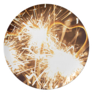 Burning sparkler in form of a heart plate