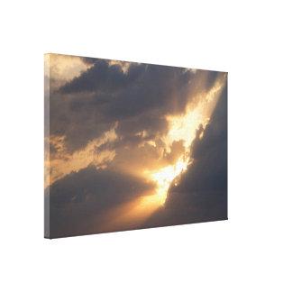 Burst of Light III / Valonryöpsähdys III Canvas Print