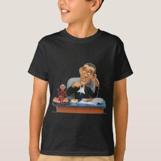 bush wants his chair back! T-Shirt