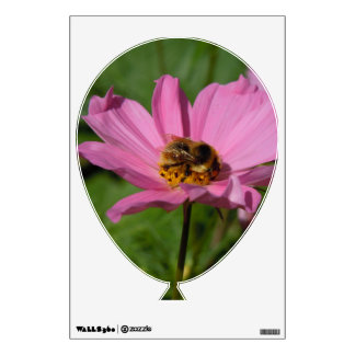 Busy Bee on Cosmo Wall Decal
