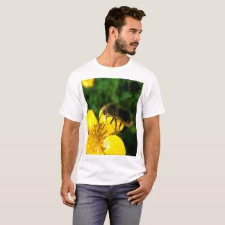Buttercup Bumblebee in Flight T-Shirt