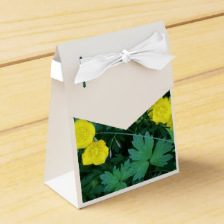 Buttercup Themed Tent Favour Box