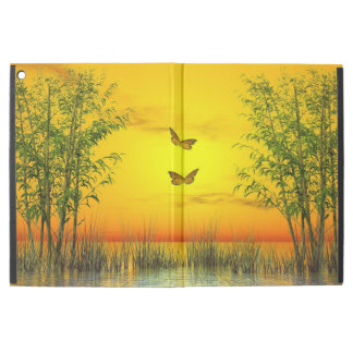 "Butterlflies by sunset - 3D render iPad Pro 12.9"" Case"
