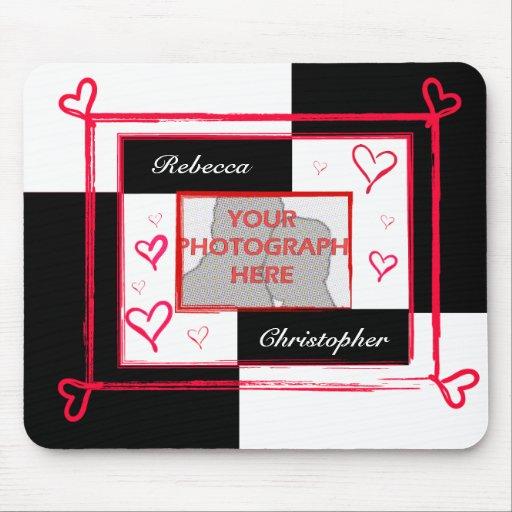 Cadre moderne rouge blanc noir de photo de coeur d tapis de souris