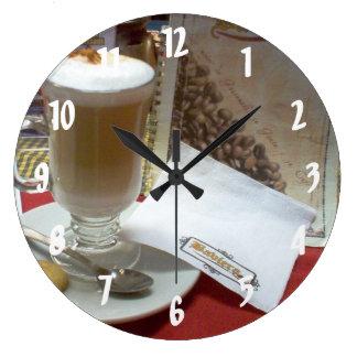 Cafe en Xela - Quetzaltenango - Guatemala Clocks