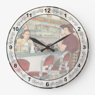 Cafe - The local hangout 1941 Clocks