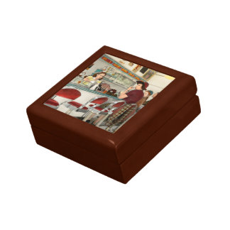 Cafe - The local hangout 1941 Gift Box