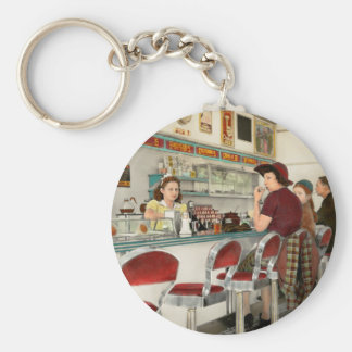 Cafe - The local hangout 1941 Keychain