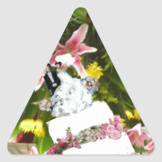 Cake with flowers in weddings triangle sticker