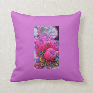 Cake with smarties throw pillows