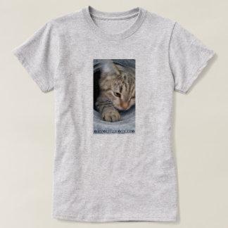 cal love little tiger T-Shirt