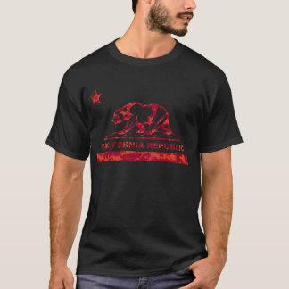 california bear camo red.png T-Shirt