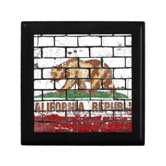 California Flag Brick Wall Grunge Gift Box
