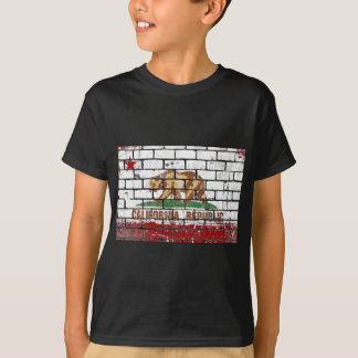 California Flag Brick Wall Grunge T-Shirt