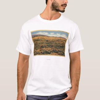 CaliforniaA Field of Californian Poppies T-Shirt
