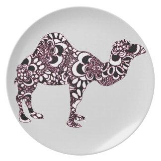 Camel 2 plate