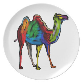 CAMEL OF COLORS DINNER PLATES