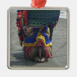 Camel on the toes.png Silver-Colored square ornament