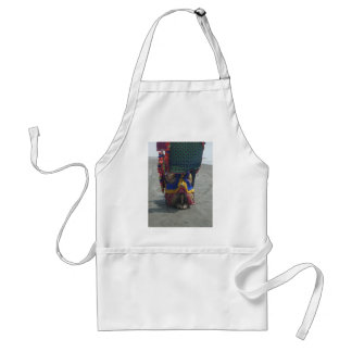 Camel on the toes.png standard apron