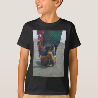 Camel on the toes.png tee shirt