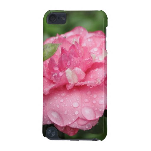 Camellia with water drops iPod touch 5G case